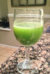 Juice On {Green DetoxJuice}